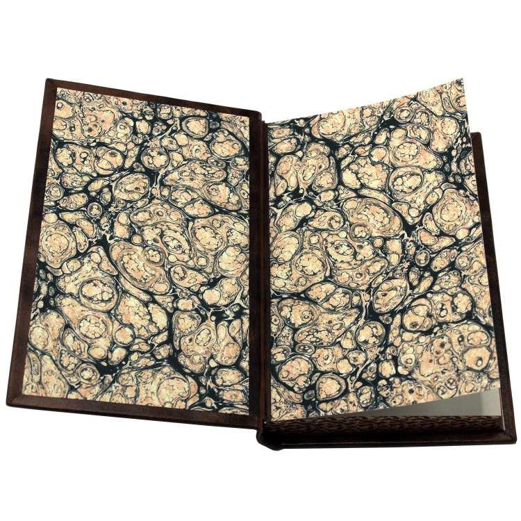Секретная папка, книги о шпионаже в кожаном переплете фото 4